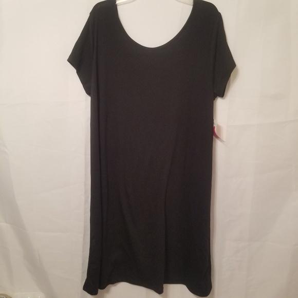 Bobbie Brooks Dresses & Skirts - Bobbies Brooks criss cross dress